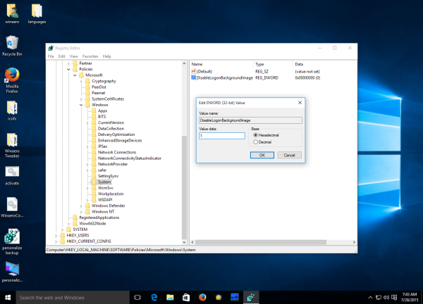 Windows 10 disable login background