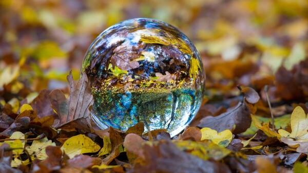 Thomasb Glass Ball