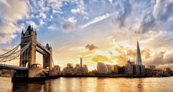 Panoramic Cityscape Premium